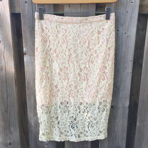 Forever 21 cream lace pencil skirt - size S